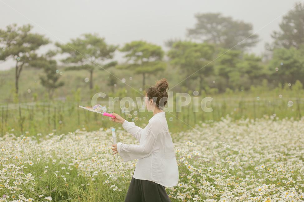 비눗방울, 바람, 꽃, 꽃밭, 소녀
