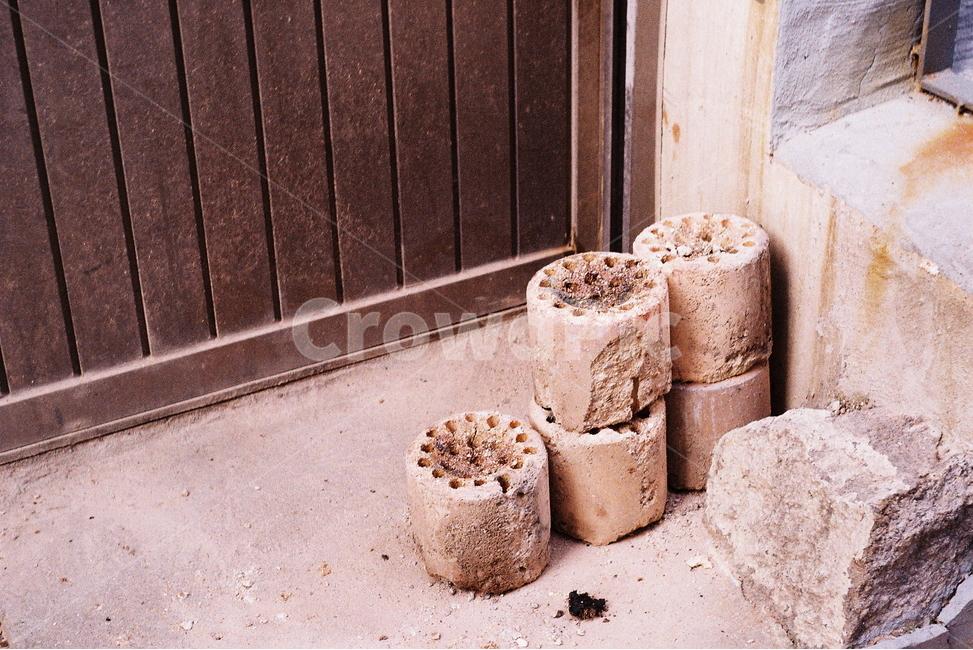 필름사진, 연탄, 연탄재, 시골, 돌