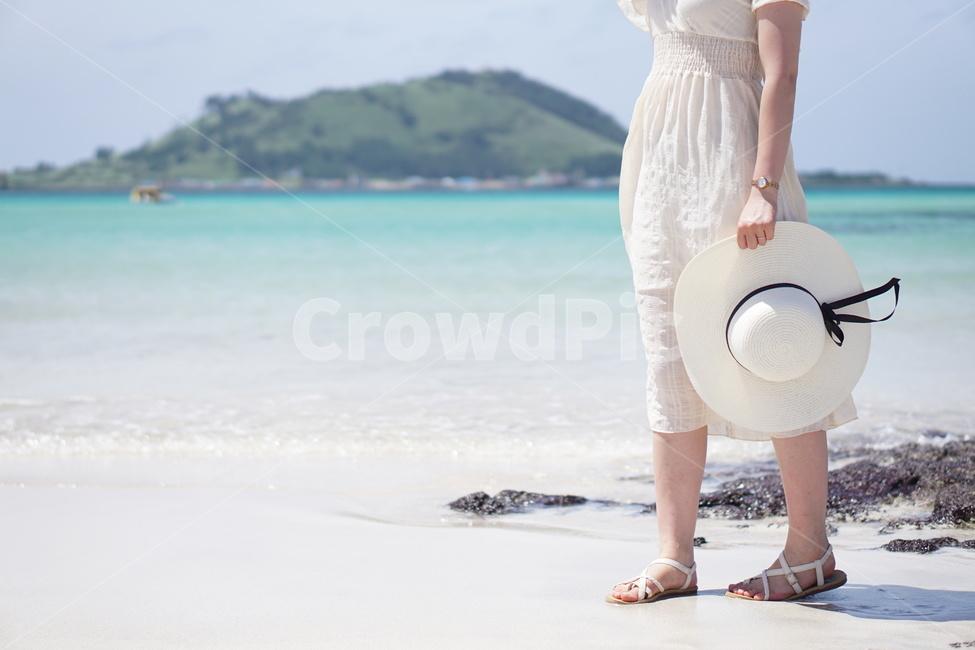 제주해변, 협재해변, 여름바다, 초록빛바다, 바다와여자