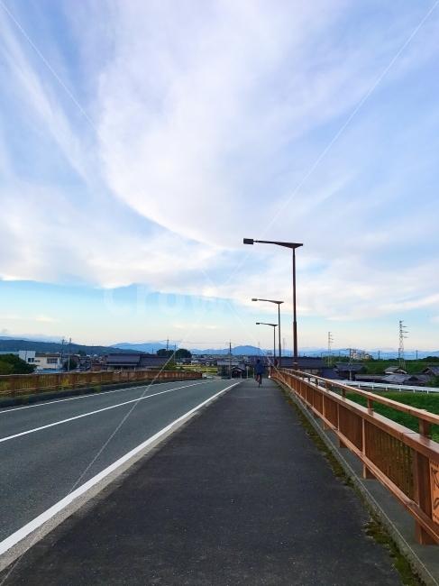 하늘, 감성사진, 자전거, 다리, 구름