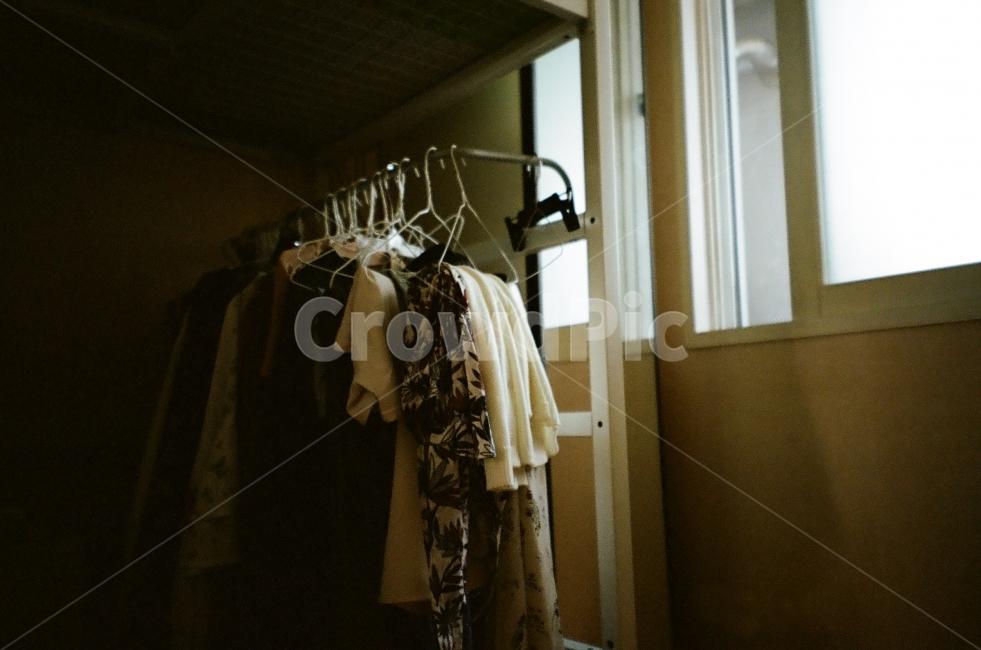 필름, 일상, 방, 옷, 옷걸이