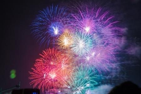 폭죽-불꽃축제-일본-오사카-화려함