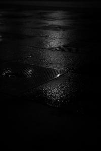 흑백-감성사진-비-물-빛