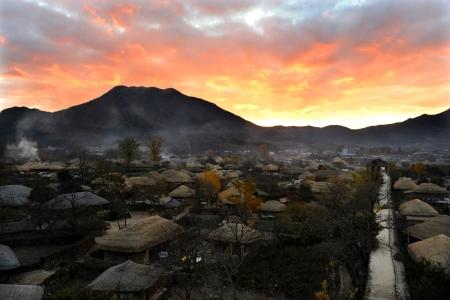 낙안읍성-순천-전통마을-초가집-새벽