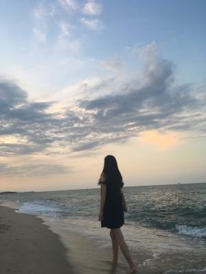 바다-하늘-강릉-경포대-인물