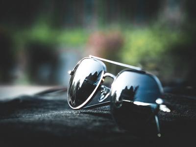 안경-선글라스-색안경-accessory-sunglasses