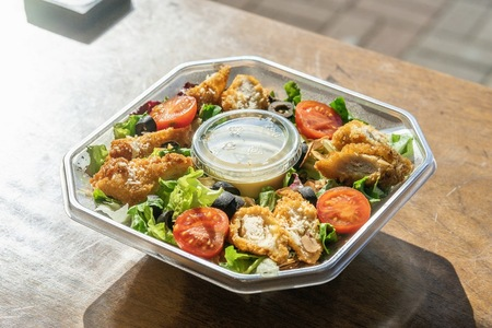 샐러드-치킨샐러드-케이준샐러드-식사-요리