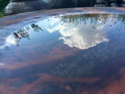 하늘-코스모스-반영-가을-항아리