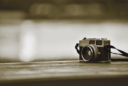 필름카메라-감성사진-흑백사진-빈티지-오브젝트