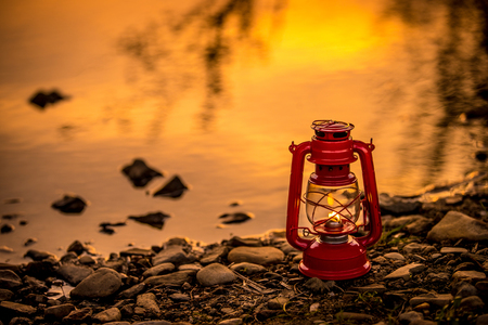랜턴-빨간색-빨강색-빨간랜턴-붉은