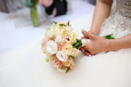 결혼-부케-신부-설레임-꽃