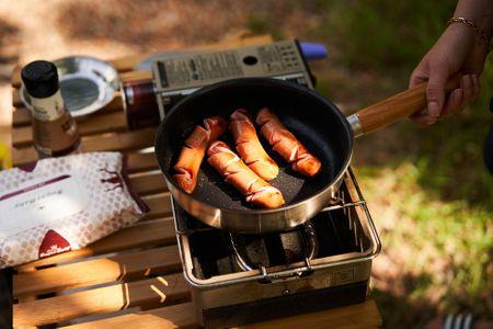 캠핑-소세지-요리-음식-버너