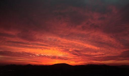 저녁노을-석양-하늘-용오름-붉은하늘