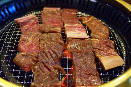 캠핑-글램핑-쇠고기-소고기-갈비