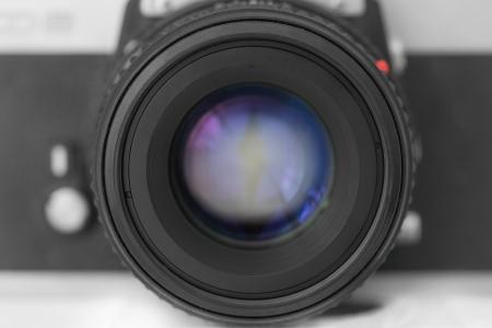 카메라-렌즈-접사-매크로-흑백