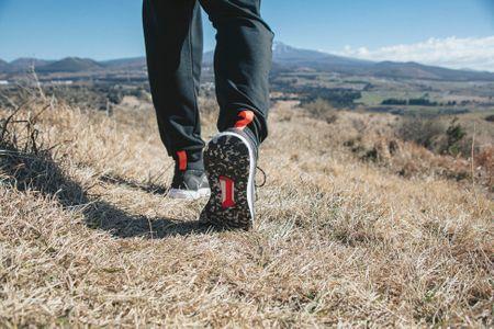 트래킹-하이킹-신발-등산화-트래킹화