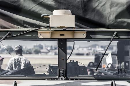군용차-레이더-감시-트럭-전투차량