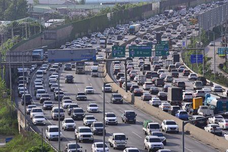 자동차-교통체증-러시아워-귀성길-귀경길